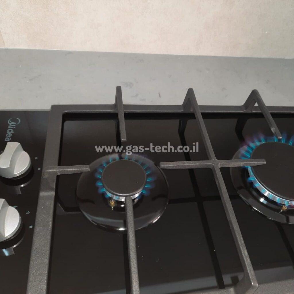 כיריים גז של MIDEA לאחר התקנה